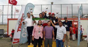قهرمان اتومبیلران فارسی در مسابقات ترکیه