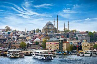کاهش درآمد گردشگری ترکیه